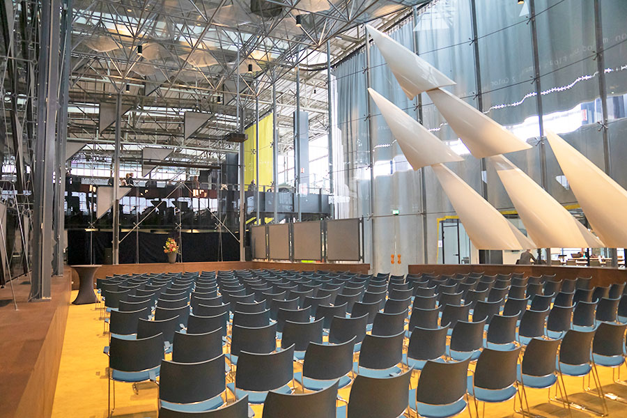 Glazen Zaal Tilburg Seats2meet LocHal