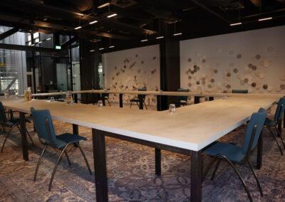 Vergaderzaak Beton- Carre - Seats2meet Tilburg