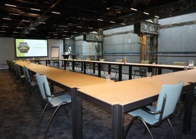 Vergaderzaal Werkplaats4 - Seats2meet Tilburg Spoorzone